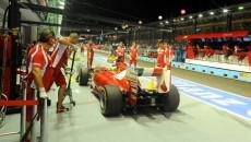 Sebastien Vettel (Red Bull) wygrywając kwalifikacje przed wyścigiem o GP Abu Dabi […]