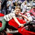 Motocykl to pojazd mechaniczny napędzany silnikiem spalinowym, jednośladowy, w którym dwa koła […]