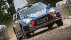 Thierry Neuville i Nicolas Gilsoul (Hyundai i20 Coupe WRC) utrzymali prowadzenie po […]