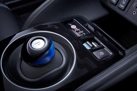 Nissan_nole4