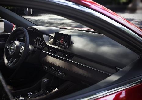 Mazda6_IP6