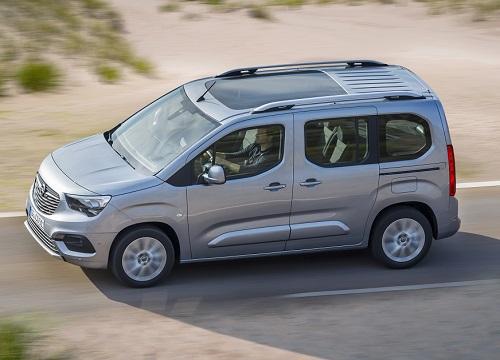 Opel-Combo-Li1