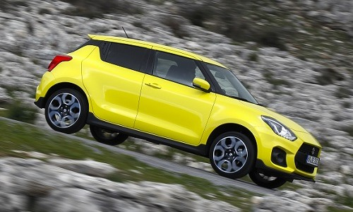 Trzecia generacja modelu Suzuki Swift Sport charakteryzuje się niższą, szerszą sylwetką, bardziej […]