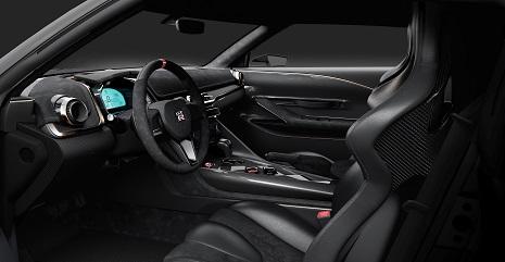 Nissan_GT-R4