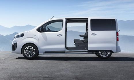 Opel-Zafira-L4