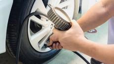 Koło należy do najszybciej obracających się elementów w samochodzie. Zamontowana na nim […]