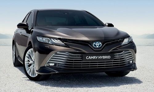 Po piętnastu latach, w tym roku na polski rynek powróciła Toyota Camry. […]