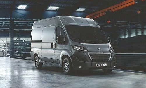 Peugeot rozbudowało gamę Boxera. Okazją było wprowadzenie w samochodach marki nowej normy […]