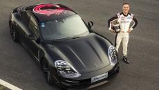 Pierwsze demonstracyjne okrążenia na torze Porsche Experience Centre (PEC) w Szanghaju rozpoczęły […]