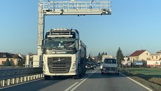 Pierwszego grudnia w Czechach zacznie obowiązywać nowy elektroniczny system opłat drogowych. Czasu […]