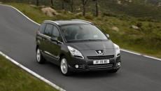 Peugeot poszerza swoją gamę w coraz popularniejszym segmencie przestronnych pojazdów kompaktowych