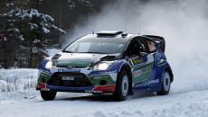 Jari-Matti Latvala i Mikka Anttila w Fordzie Fiesta RS WRC prowadzą po […]
