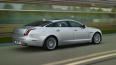 Jaguar wprowadza znaczące udoskonalenia do swoich samochodów na rok modelowy 2013. Zmiany […]