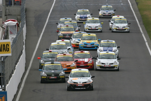 Dunlop 1_Renault Clio Cup