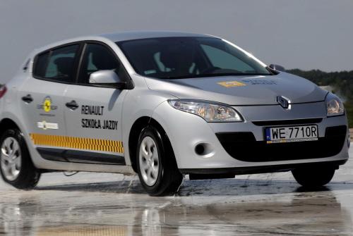 Szkola Jazdy Renault_1.8.9