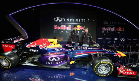 In 1_RB9_Reveal_001_LoRes