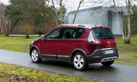 Renault 3_Scenic XMOD