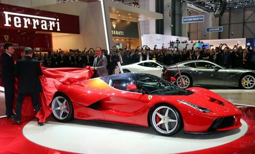 Genewa_0_Ferrari