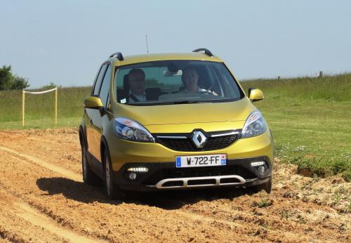 Renault 1_49191