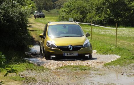 Renault 2_49189