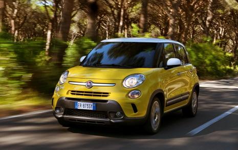 Fiat 2_500L_Trek_1