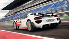 Krótko przed dostarczeniem do klientów pierwszych egzemplarzy, Porsche 918 Spyder bije ustanowione […]