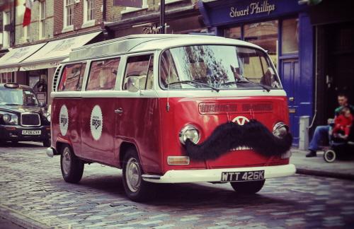VW 1_moustache