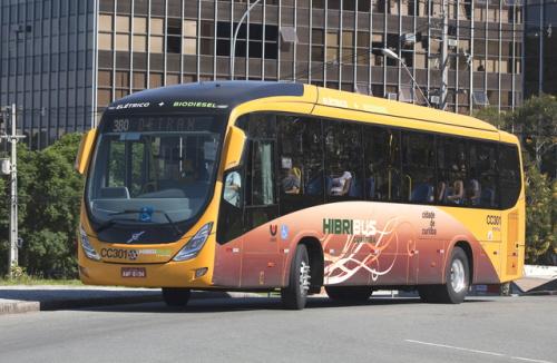 Volvo_Hybrid_1