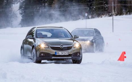Opel 3-289318