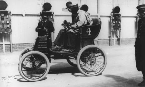 Renault 4 - 1900 r.