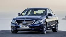 W salonach Mercedes-Benz od kilku dni debiutuje najnowsza generacja Klasy C – […]