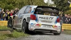 Jari-Matti Latvala i Miikka Anttila (Volkswagen Polo R WRC) wyraźnie prowadzą po […]