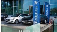 """Po raz ósmy odbyło się uroczyste przekazanie modeli Peugeot z gamy """"ósemek"""" […]"""