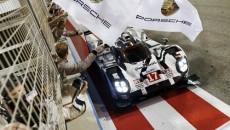 Podczas Nocy Mistrzów w Weissach Porsche podsumowało tegoroczne sukcesy sportowe i zdradziło […]