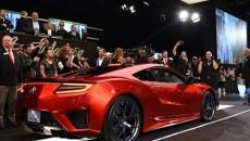 Pierwszy produkcyjny egzemplarz nowej Acury NSX został sprzedany na aukcji w Stanach […]
