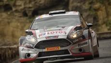 Kajetan Kajetanowicz i Jarosław Baran w Fordzie Fiesta R5 prowadzą po pierwszym […]