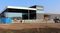 We Wrocławiu trwa budowa jednego z największych salonów Mercedesa w Europie. Grupa […]