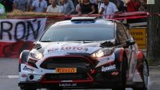 Kajetan Kajetanowicz i Jarosław Baran w Fordzie Fiesta R5 zajmują drugą lokatę […]
