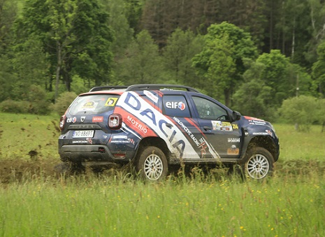 dacia-duster-cup3