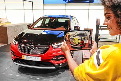 Opel-Grandla3