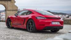 Porsche zaprezentowało koncepcyjne studium w pełni kubełkowego, dopasowanego do ciała fotela wyprodukowanego […]