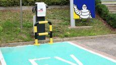 Firma Michelin udostępniła całodobową stację ładowania samochodów elektrycznych. Punkt znajduje się przed […]