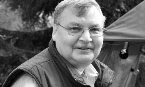 Z ogromnym smutkiem zawiadamiamy, że w dniu dzisiejszym zmarł nasz kolega, redaktor […]