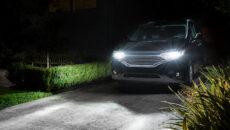 Półki sklepowe z samochodowymi źródłami światła wręcz uginają się pod retrofitami LED, […]