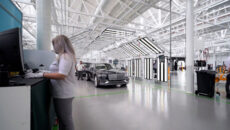 W zakładach Bentley Motors w Crewe zakończyła się pierwsza kontrola pojazdu w […]