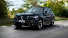 """W ramach aktualnej ofensywy """"elektryfikacji"""", model BMW iX3 otrzymuje aktualizacje podkreślającą dynamiczny […]"""