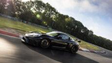 """Porsche 718 Cayman GT4 doczeka się """"wielkiego brata"""". 718 Cayman GT4 RS, […]"""